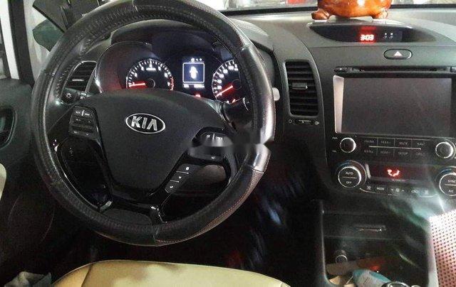 Bán Kia Cerato sản xuất năm 2017, màu trắng9