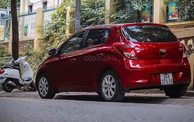 Cần bán Hyundai i20 sản xuất năm 2014, màu đỏ, nhập khẩu nguyên chiếc, chính chủ1