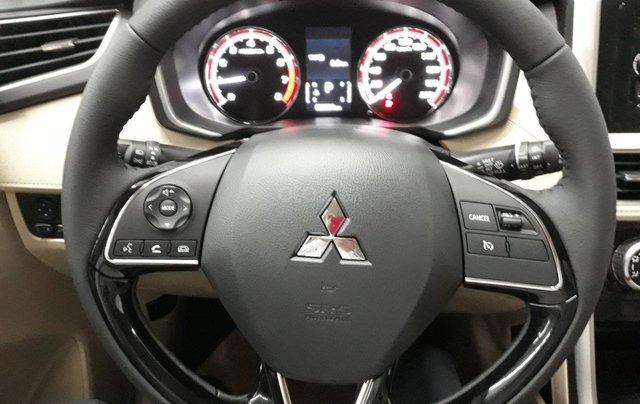 Cần bán Mitsubishi Xpander năm 2019, màu trắng nhập khẩu giá tốt5