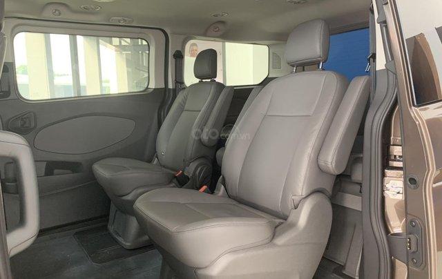 Ford Tourneo - MPV dành cho gia đình trả trước 300 triệu nhận xe ngay, LH: 0388.145.4155
