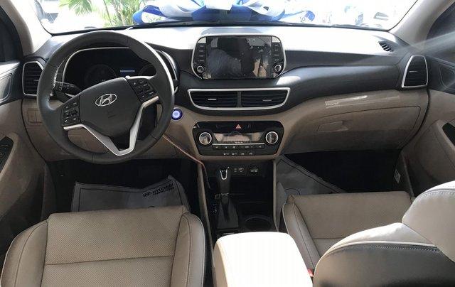 Hyundai Tucson 1.6 turbo sản xuất năm 2019, màu kem (be), giá chỉ 902 triệu6