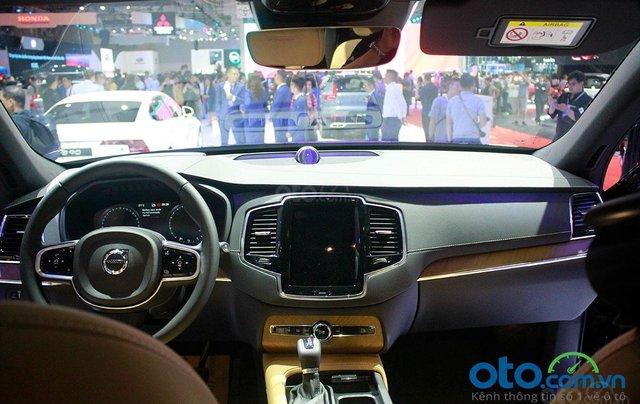 Volvo XC90 - Sự hội tụ tinh hoa Thụy Điển, liên hệ ngay để đặt cọc xe trong tháng 10 với nhiều ưu đãi8