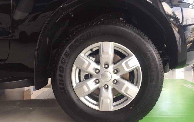[Hà Thành Ford] Ford Everest Ambiente 4x2 AT 2019 All New. Khuyến mại giảm giá tới 80tr tiền mặt, tặng phụ kiện3
