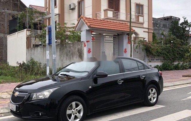 Cần bán lại xe Chevrolet Cruze năm sản xuất 2010, màu đen, giá tốt