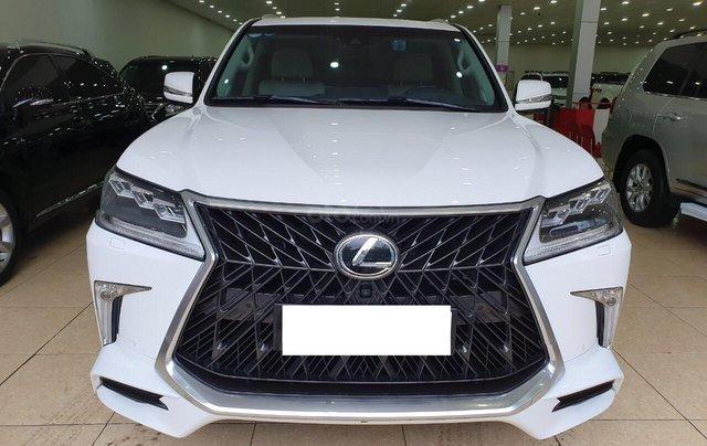 Bán Lexus LX570 Trung Đông sản xuất 2016, đăng ký T1/2019, siêu mới 99,999%0