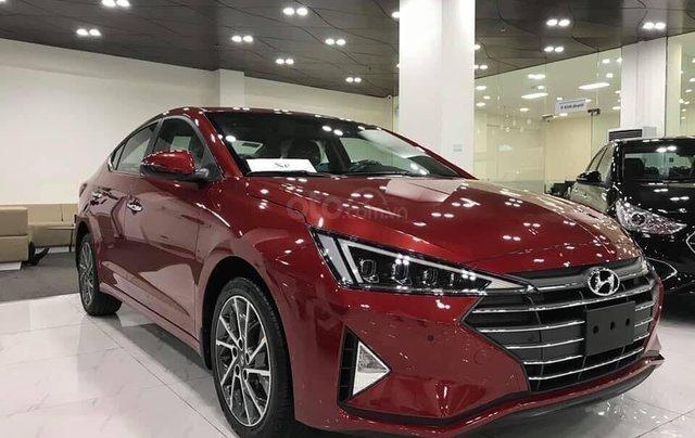 Cần bán xe Hyundai Elantra 2019 - giảm tiền mặt + phụ kiện khủng 60tr1