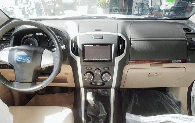 Cuối năm giá tốt, khuyến mãi khủng, Isuzu mu-X B7 2019, xe sẵn giao ngay3