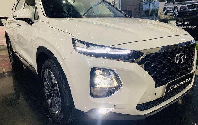 Cần bán nhanh chiếc xe Hyundai Santa Fe sản xuất năm 2019 - Giá cạnh tranh1
