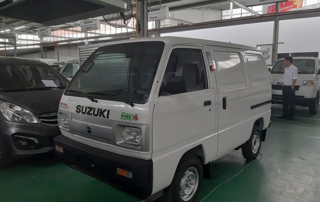 Xe tải Suzuki van chạy giờ cấm trong thành phố giao ngay5