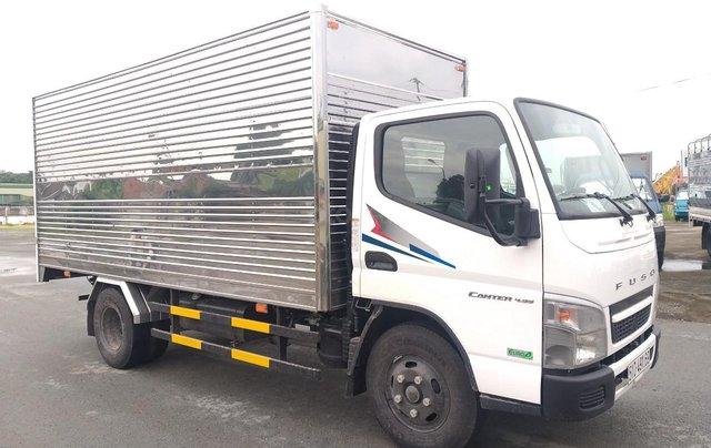 Xe tải Fuso Canter Mitsubishi 4.99 tải trọng 2.1 tấn 2019, hỗ trợ trả góp tặng 1000 lít dầu6