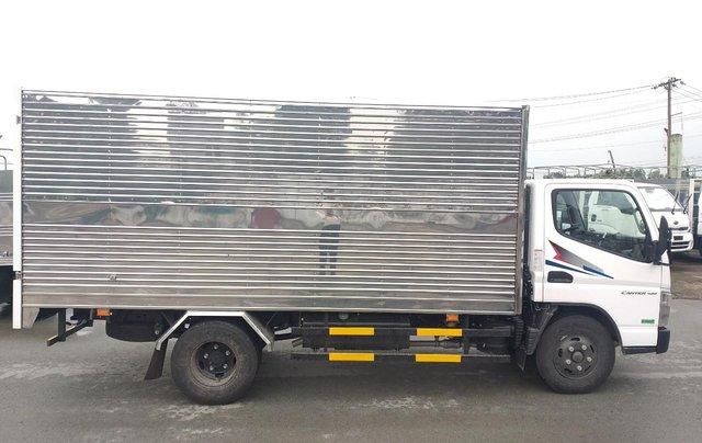 Xe tải Fuso Canter Mitsubishi 4.99 tải trọng 2.1 tấn 2019, hỗ trợ trả góp tặng 1000 lít dầu7