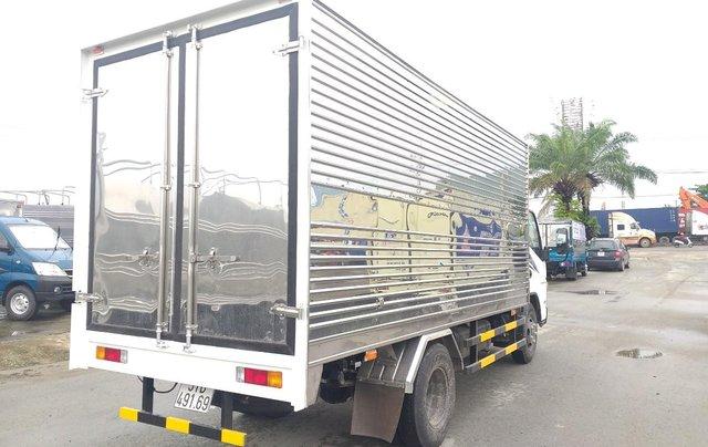 Xe tải Fuso Canter Mitsubishi 4.99 tải trọng 2.1 tấn 2019, hỗ trợ trả góp tặng 1000 lít dầu9