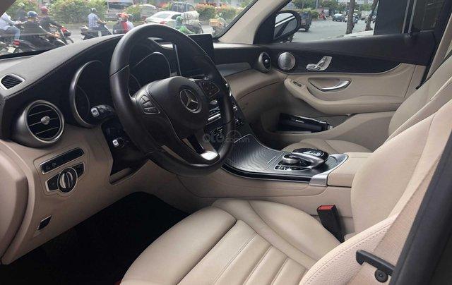 Cần bán Mercedes-Benz GLC 300 2017, siêu mới6