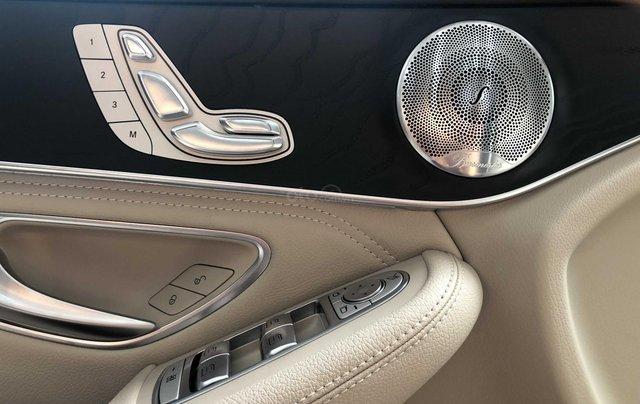 Cần bán Mercedes-Benz GLC 300 2017, siêu mới11