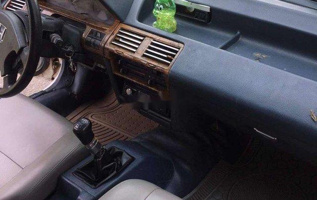 Gia đình bán Honda Accord năm sản xuất 1989, màu trắng, xe nhập10