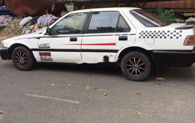 Gia đình bán Honda Accord năm sản xuất 1989, màu trắng, xe nhập2
