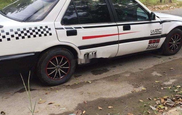 Gia đình bán Honda Accord năm sản xuất 1989, màu trắng, xe nhập0