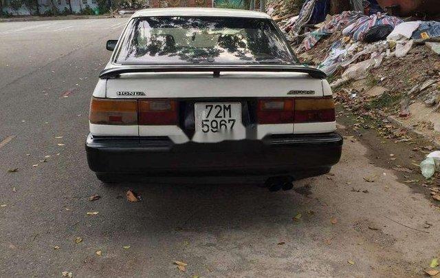 Gia đình bán Honda Accord năm sản xuất 1989, màu trắng, xe nhập4