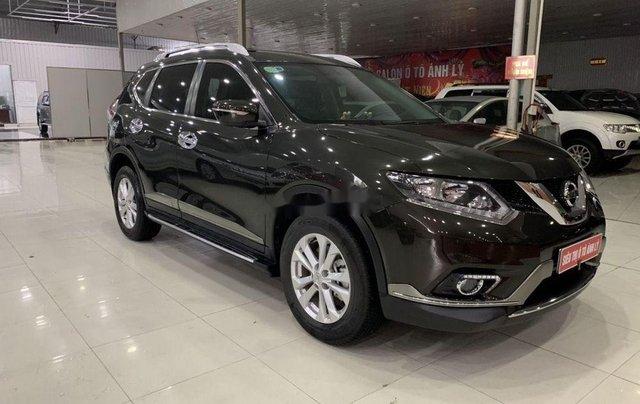 Salon bán Nissan X trail 2018, màu đen số tự động9