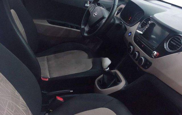 Bán Hyundai Grand i10 2016, màu trắng, xe nhập  4