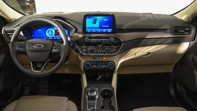 Ford Escape 2020 trưng bày tại VMS 2019, sắp ra mắt thị trường Việt14