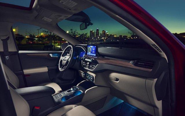 Ford Escape 2020 trưng bày tại VMS 2019, chuẩn bị ra mắt năm sau17