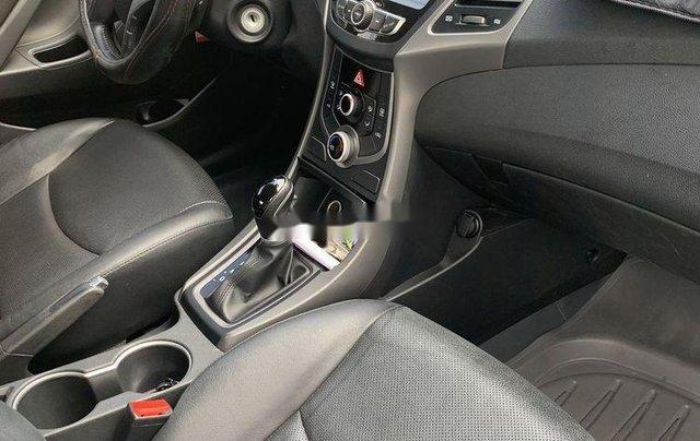 Cần bán Hyundai Elantra sản xuất 2015, số tự động, giá chỉ 470 triệu2