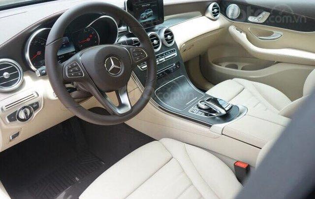Mercedes GLC300 2019 đủ màu, xe giao ngay, tại Mercedes Phú Mỹ Hưng13