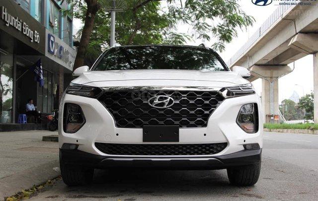 Hyundai Santa Fe 2019, giảm tiền mặt + tặng phụ kiện 50tr, hỗ trợ vay 85%, lãi suất thấp, giao xe tận nơi0
