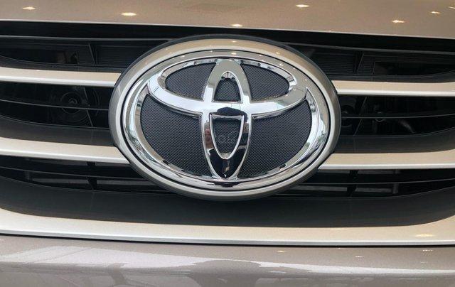 Bán ô tô Toyota Fortuner 2.4G Số sàn đời 2019, màu bạc, giá chỉ 933 triệu8