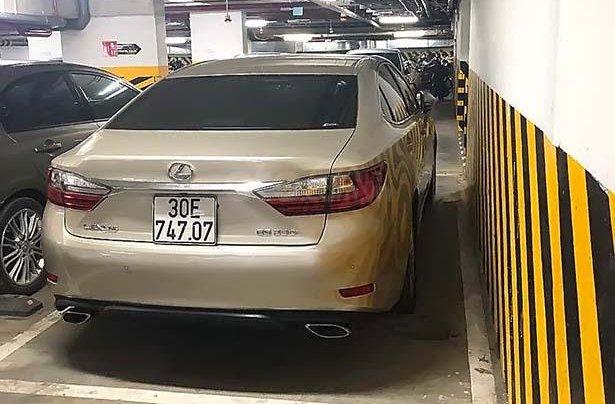 Cần bán gấp Lexus ES sản xuất 2017, xe nhập chính hãng1