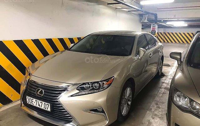 Cần bán gấp Lexus ES sản xuất 2017, xe nhập chính hãng0