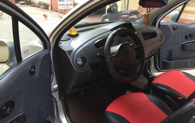 Cần bán Chevrolet Spark đời 2013, màu bạc chính chủ, giá tốt1