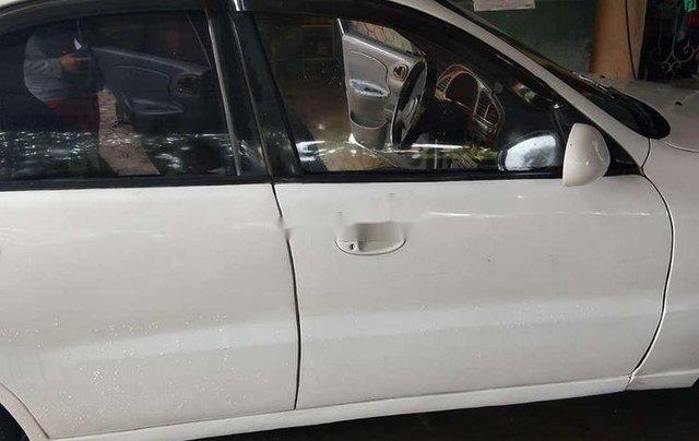 Cần bán xe Daewoo Lanos năm 2002, màu trắng2