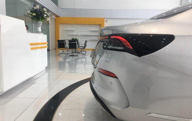 Bán xe VinFast LUX A2.0 full-Da Nappa Nâu 2019, màu bạc 0911234775 em Long10