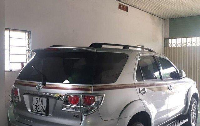 Bán xe Toyota Fortuner năm sản xuất 2012 xe nguyên bản3