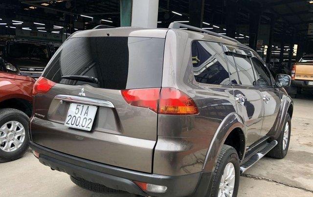 Bán ô tô Mitsubishi Pajero 2011, màu nâu, máy êm ru2
