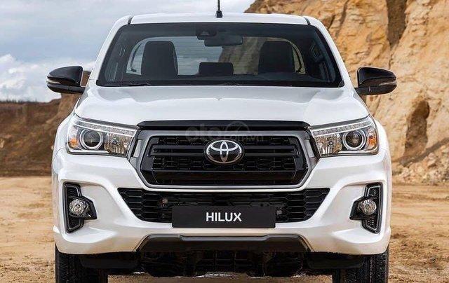 Cần bán Toyota Hilux năm sản xuất 2019, màu trắng, nhập khẩu nguyên chiếc1