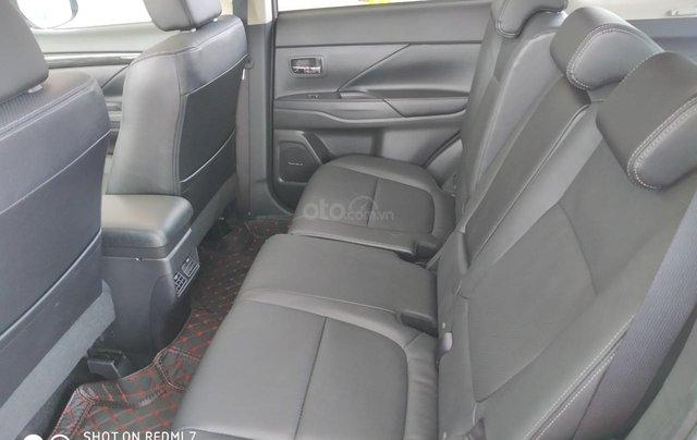 Mitsubishi Outlander CVT 2019, màu trắng, hỗ trợ vay 80% giá trị xe, ưu đãi giá tốt tháng 115