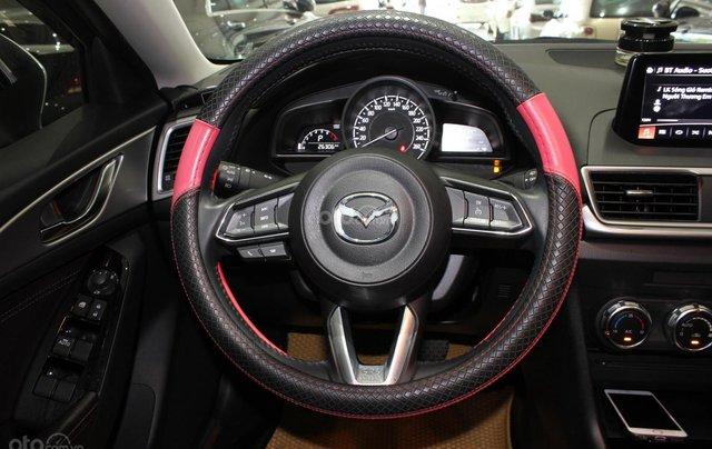 Chính chủ cần bán Mazda 3 2017 bản hatchback màu trắng, số tự động, full option11