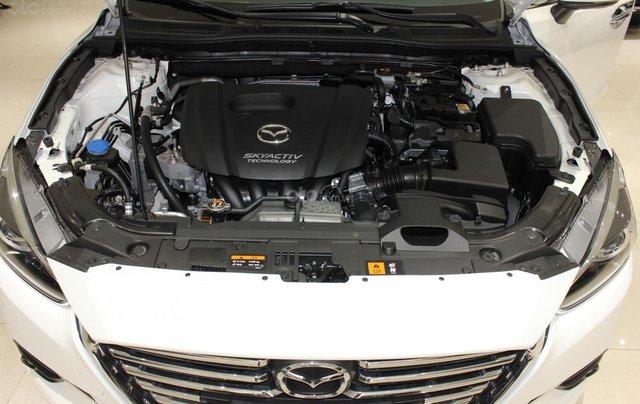 Chính chủ cần bán Mazda 3 2017 bản hatchback màu trắng, số tự động, full option14