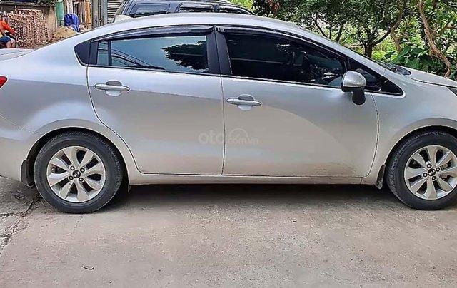 Cần bán Kia Rio 2017, màu bạc, nhập khẩu nguyên chiếc chính hãng1