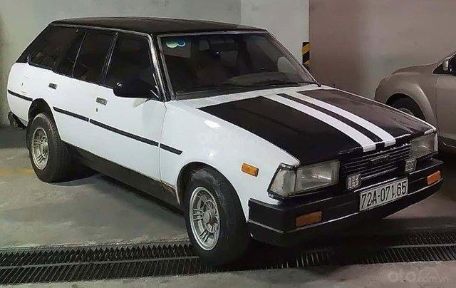 Cần bán Toyota Corolla năm sản xuất 1990, màu trắng, nhập khẩu0