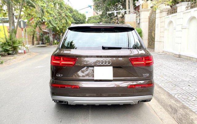 Cần bán Audi Q7 3.0 AT đời 2016, màu nâu, xe nhập2