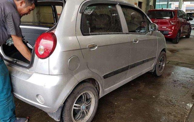 Bán ô tô Chevrolet Spark MT đời 2013, màu bạc, nhập khẩu nguyên chiếc, giá tốt0