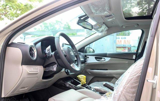 Kia Cerato 1.6 AT Luxury, ưu đãi giá hơn 16 triệu + tặng phụ kiện, đưa trước 200tr lấy xe8