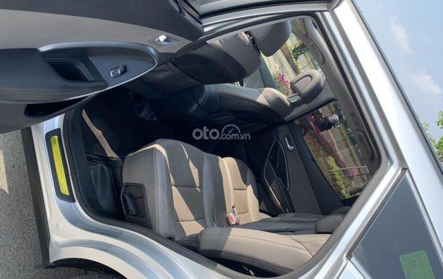 Bán xe Hyundai Santa Fe đời 2017, màu bạc, giá cực tốt8