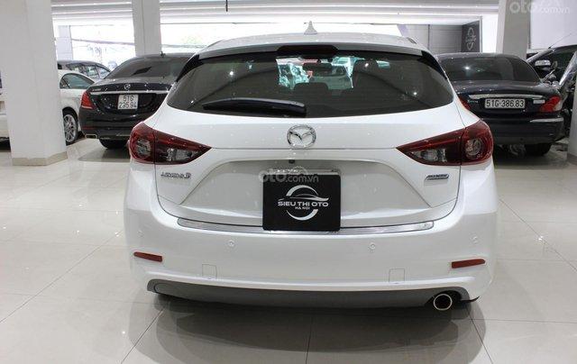 Chính chủ cần bán xe Mazda 3 đời 2017, màu trắng, giá chỉ 590 triệu13