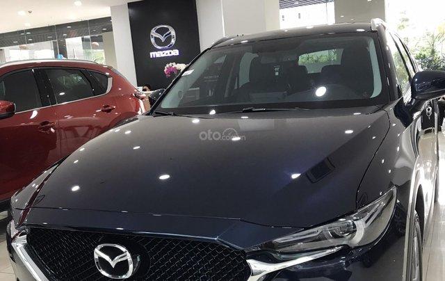 Cần bán chiếc Mazda CX 5 năm 2019, màu xanh lam, giá rẻ0