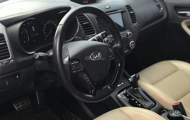 Bán xe Kia Cerato năm sản xuất 2016, màu đỏ, giá chỉ 579 triệu5